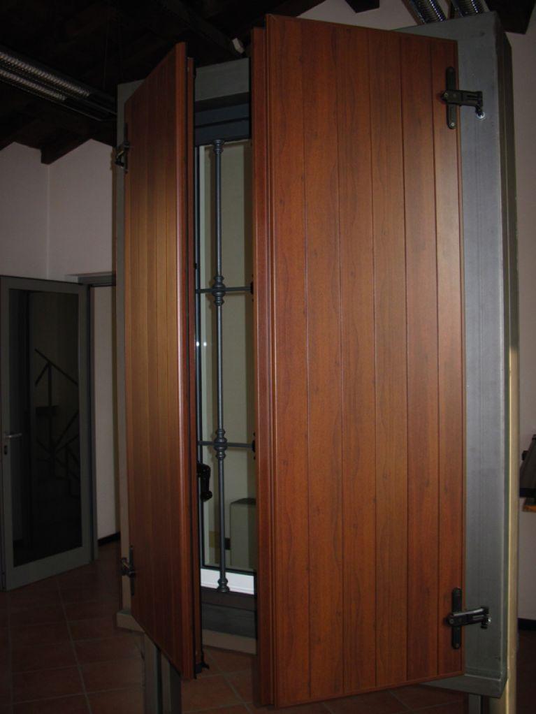 Ante porta in legno