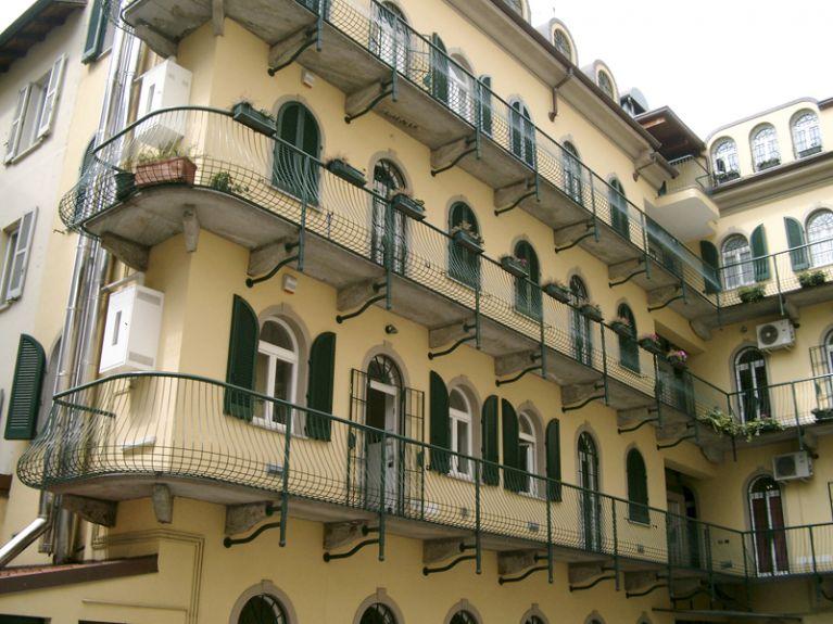 Serramenti personalizzati per balconi