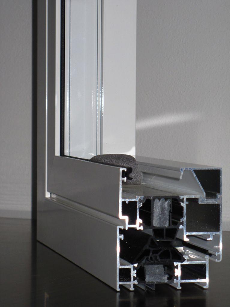 lavorazione infissi in alluminio